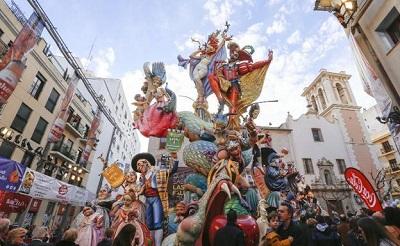 Las Fallas de Valencia - cultura española