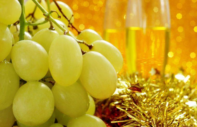 Uvas al ritmo de las 12 campanadas
