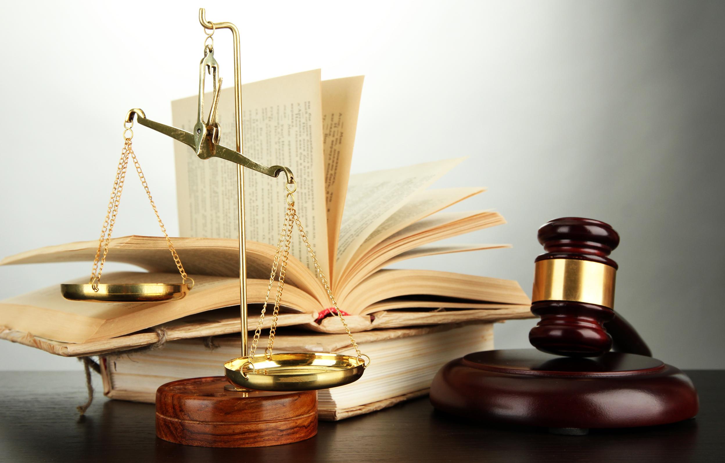 La carrera de las leyes: El Derecho