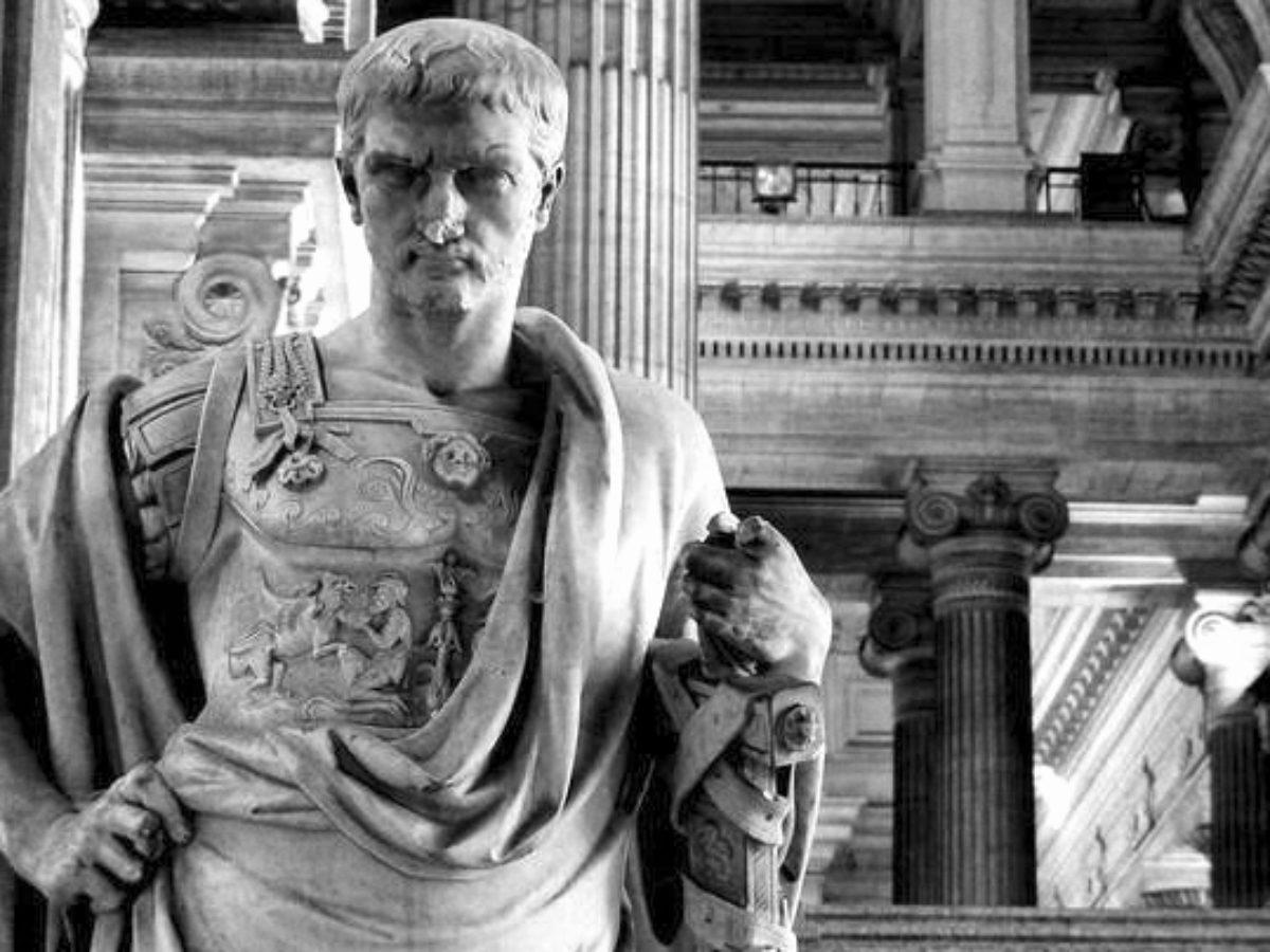 Ulpiano: Uno de los grandes juristas de la historia.