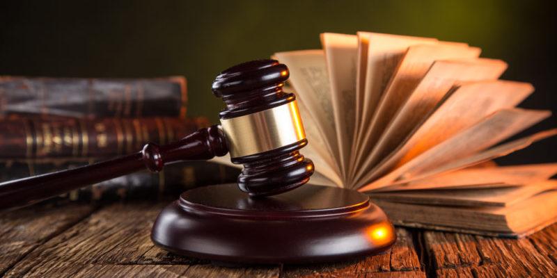 Derecho: Una carrera singular y universal