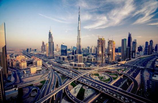 Gustavo-Mirabal-mirando-al-futuro-en-Dubai-