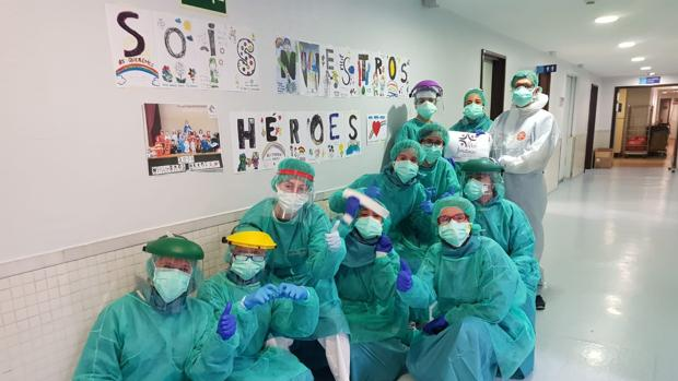 Equipo Médico afrontando la pandemia del coronavirus