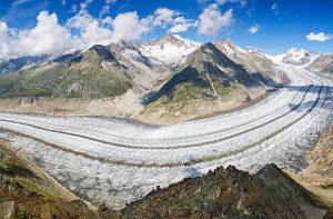 Aletsch: Glaciar Suizo y uno de los más grandes del mundo.