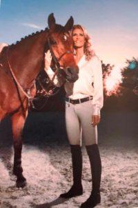 Carolina Mirabal ama los caballos